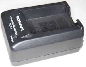 Olympus BCS-1  (Battery / Charger) £30.00