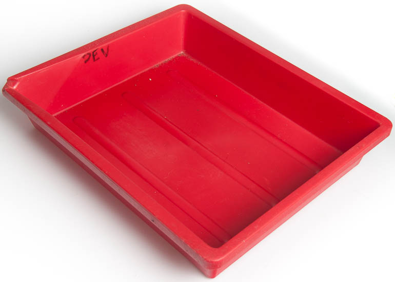 Photax Developing tray 10x8in (red)   (Darkroom) £5.00